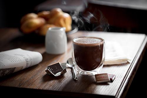 Cafés Di Costanzo - Torréfacteur L'isle Jourdain - Chocolats Monbana