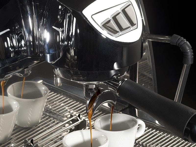 Cafés Di Costanzo - Torréfacteur L'isle Jourdain - Nos services - Les machines